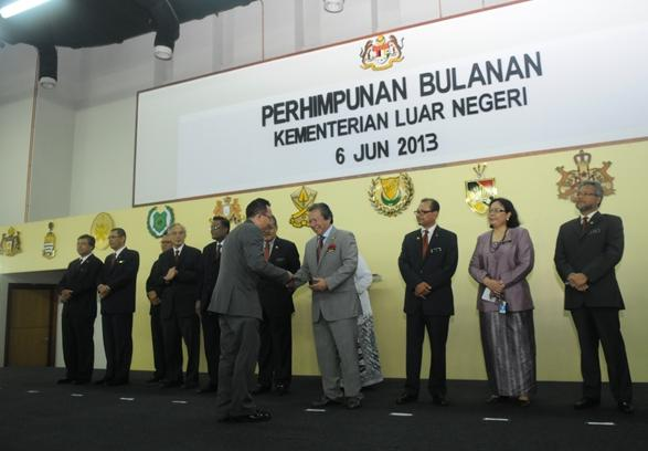 Laman Web Rasmi Idfr Perhimpunan Bulanan Bersama Sama Menteri Dan Timbalan Menteri Kementerian Luar Negeri